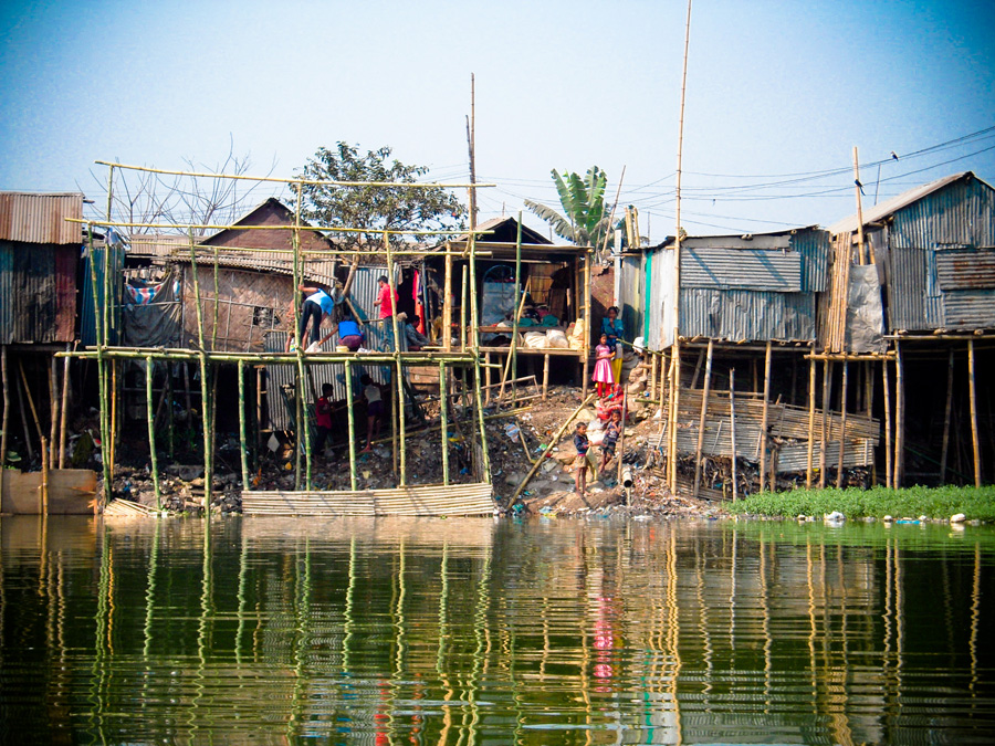 A bamboo-based design raises family homes safely above water levels to cope with raising water levels in Bangladesh.
