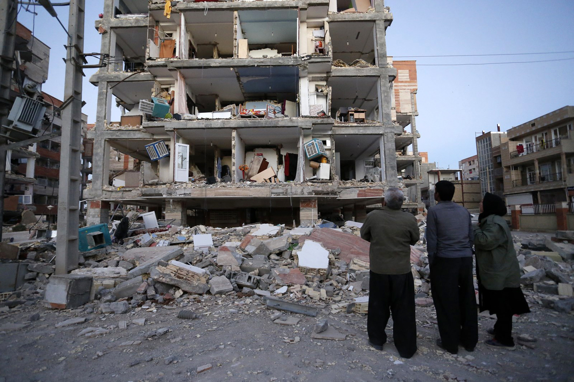 earth iran paper quake research In addition, the current earthquake shifted the earth's axis of 15 centimeters, thereby reducing the terrestrial day to 16 microseconds and while this change at first glance too small, but it probably will be felt.