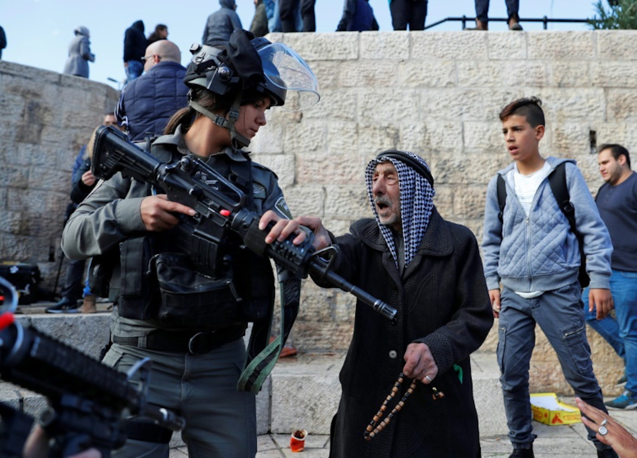 Israeli police disperse Palestinian protesters in Jerusalem's Old City