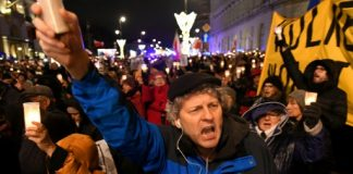 Polish protesters