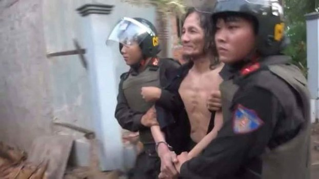 Four Jailed in Vietnam for Flying Banned Southern Flag