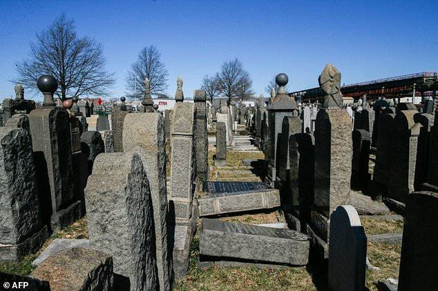 Washington Cemetery in the New York burough of Brooklyn