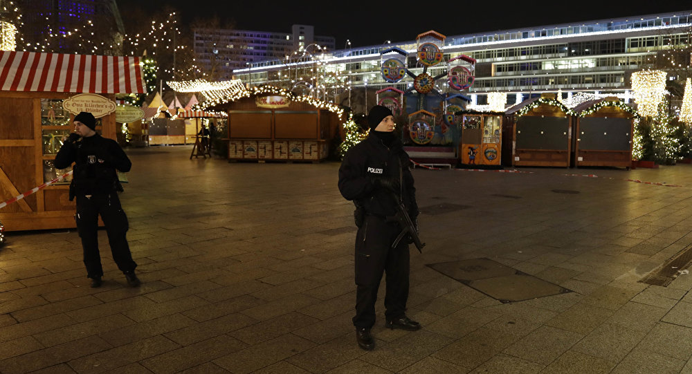 christmas-market-germany-security-police