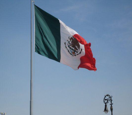 Mexica's flag