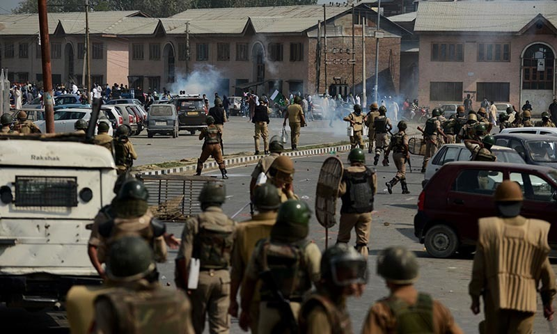 A clash between Kashmiri residents and Indian police
