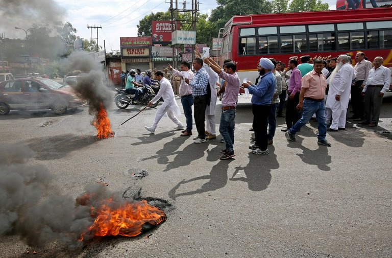 india rape girl protests demonstration