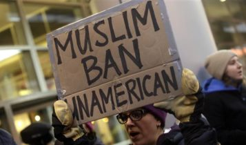 Demonstrators protest US President Donald Trump's executive immigration ban on February 1, 2017 in Chicago, Illinois.