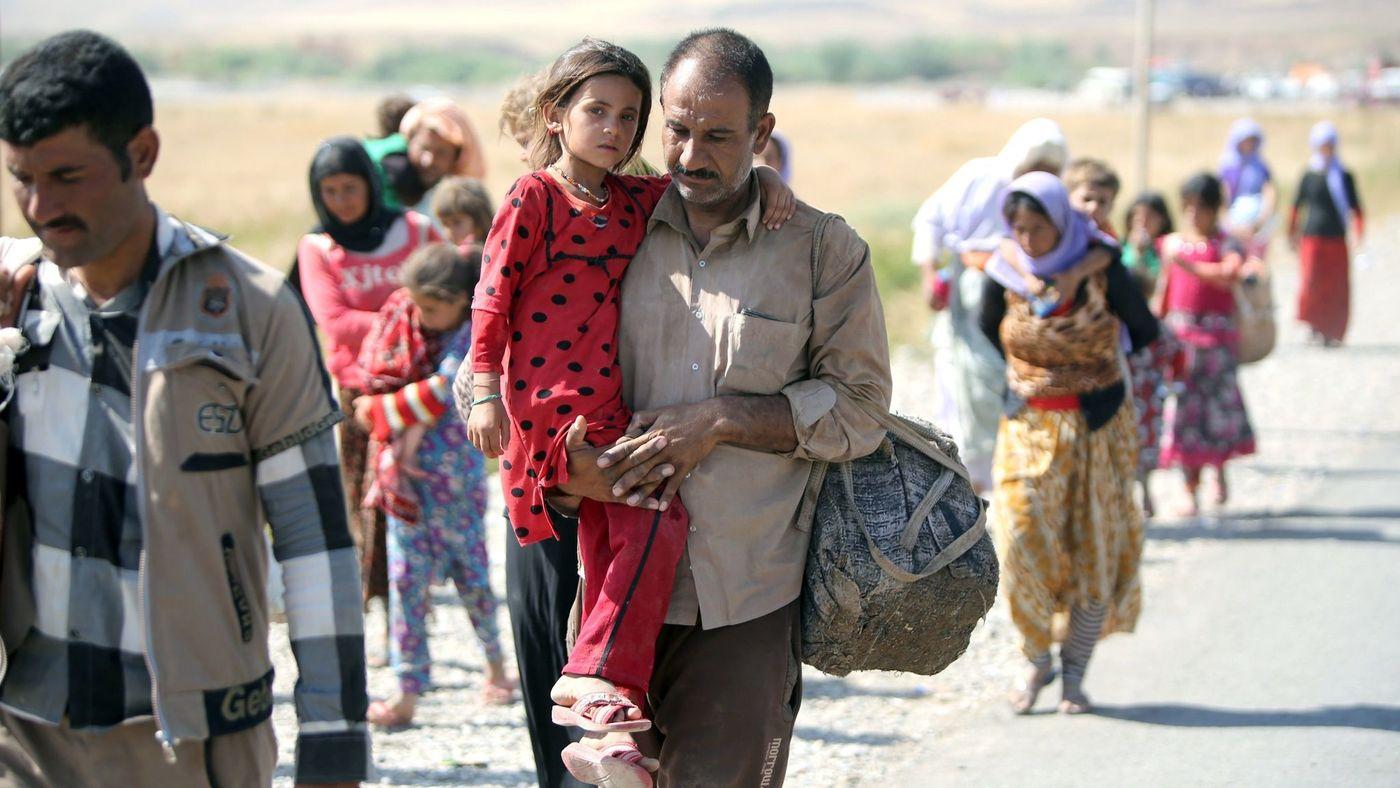 Fleeing Yezidis