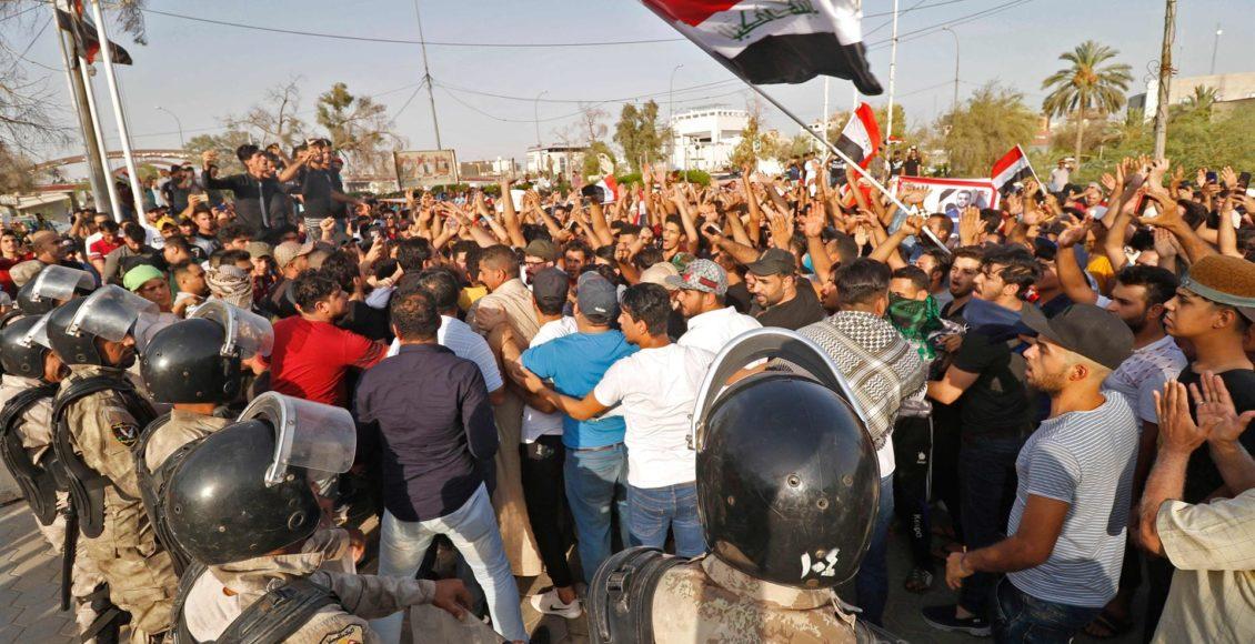 Protesters in Iraq's Basra