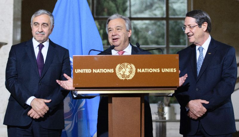Flanked by Greek Cypriot leader Nicos Anastasiades, (R), and Turkish Cypriot leader Mustafa Akinci (L), U.N. Secretary General Antonio Guterres speaks a press conference in Geneva in 2017.