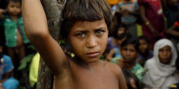 A Rohingya refugee girl in Bangladesh