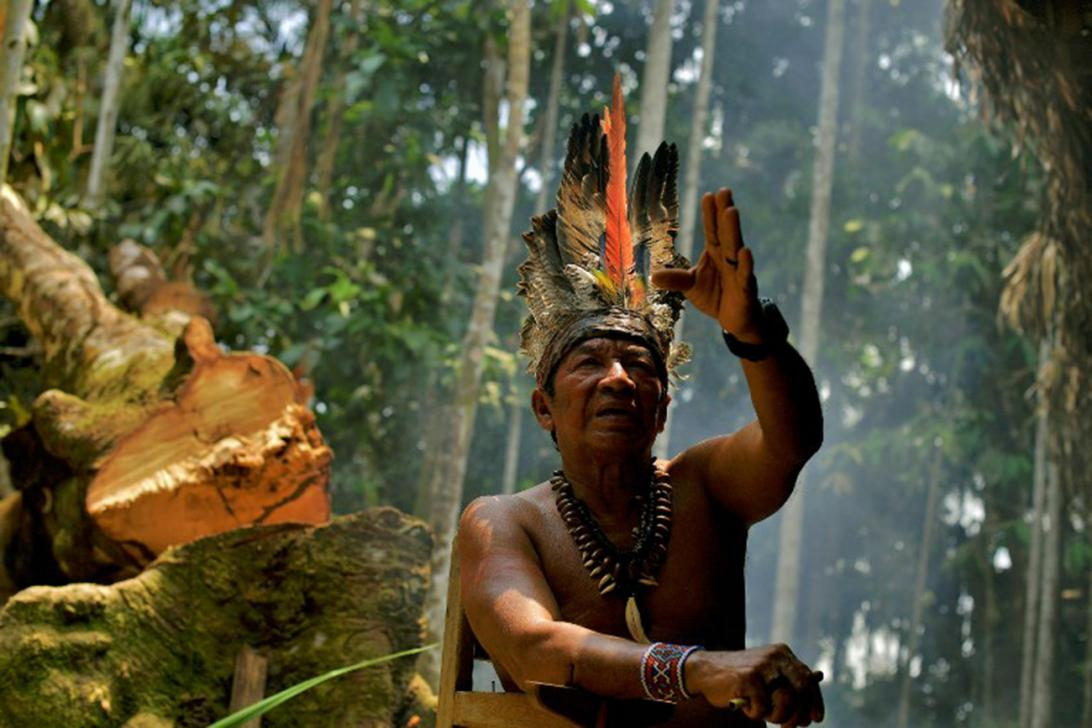 Chief Marcelino Apurina, of the Aldeia Novo Paraiso gestures as he speaks in the Western Amazon region of Brazil, near Labrea on September 21, 2017