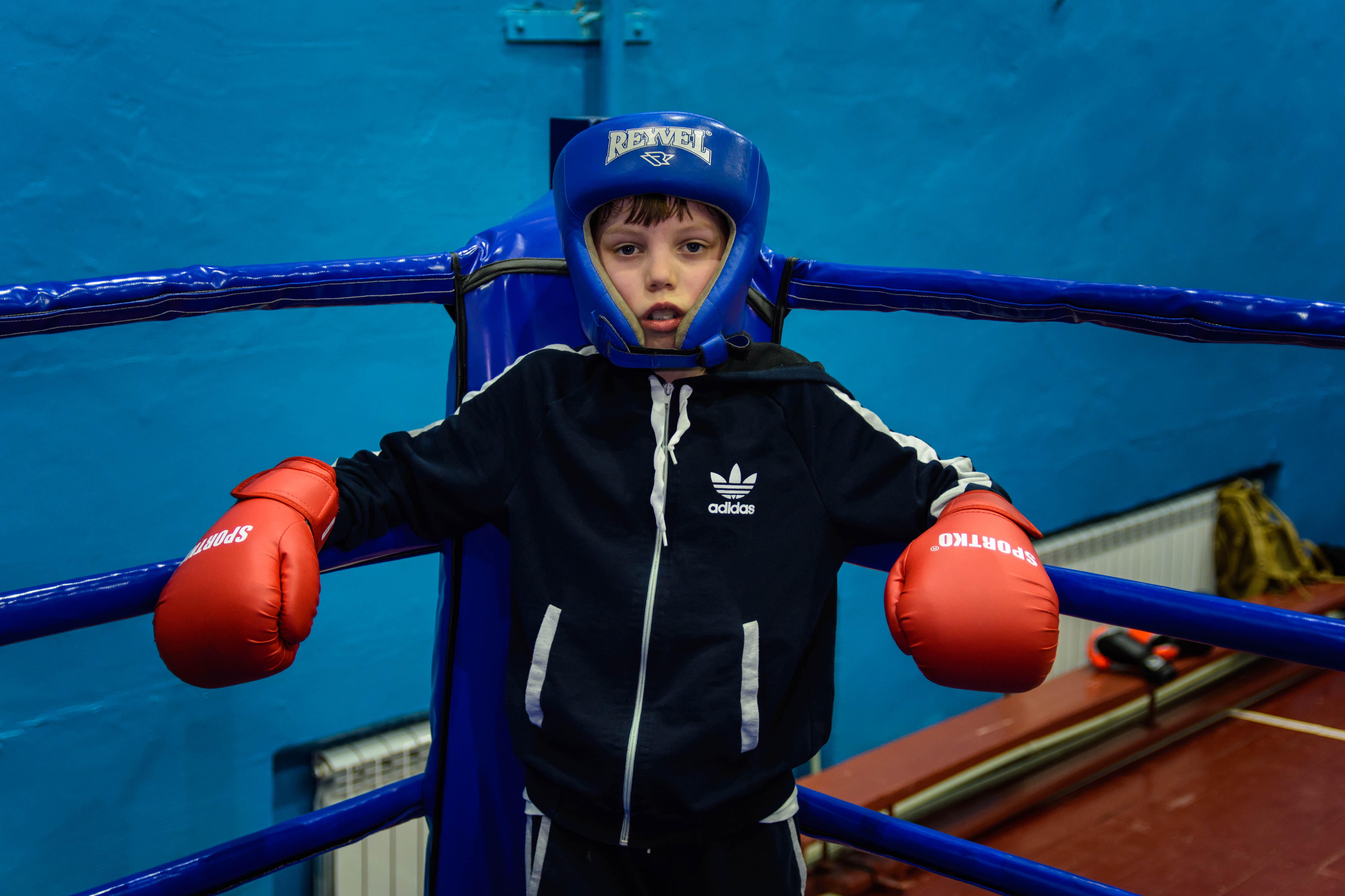 Lehor from Eastern Ukraine uses boxing to heal the wounds of war.