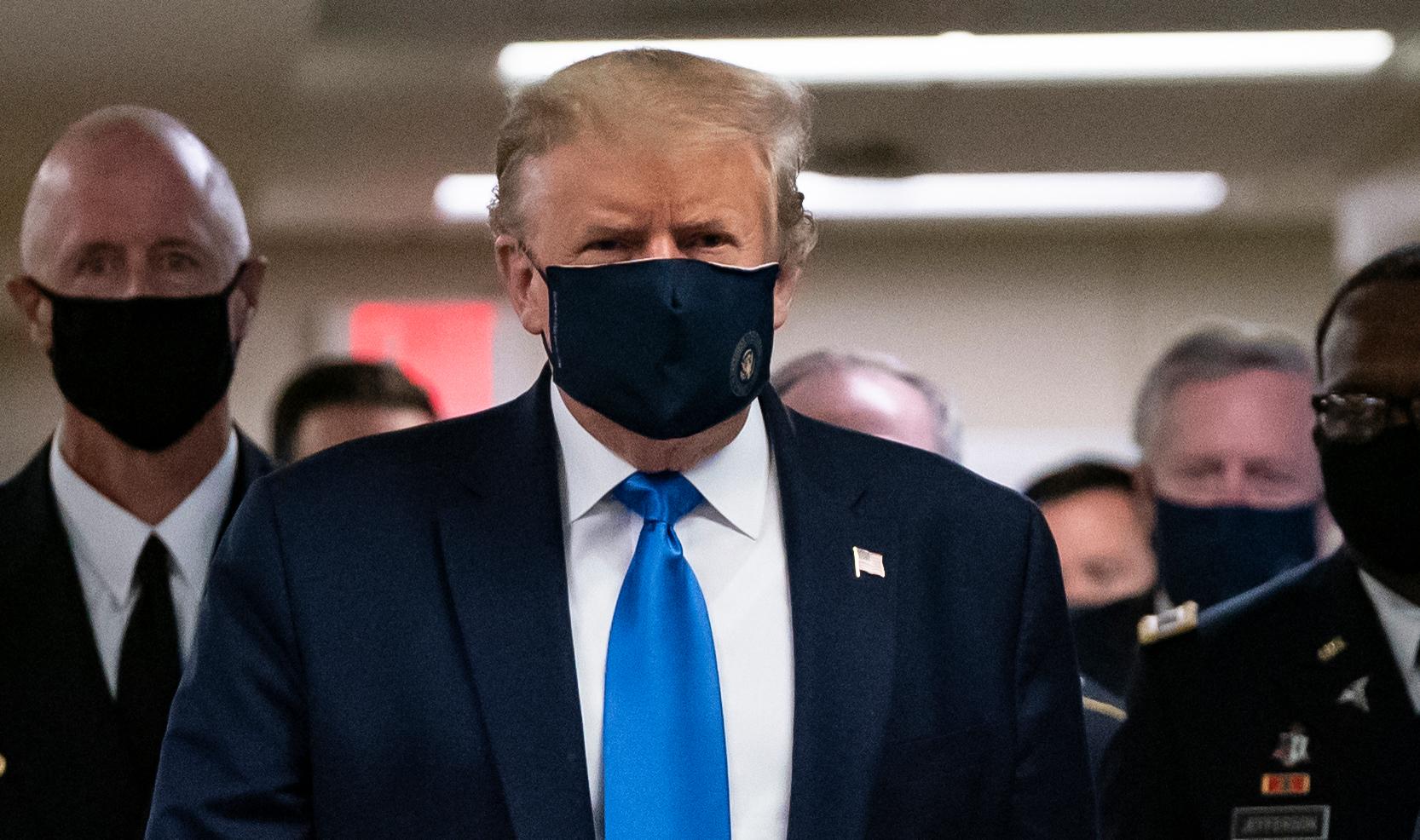 Trump wearing mask