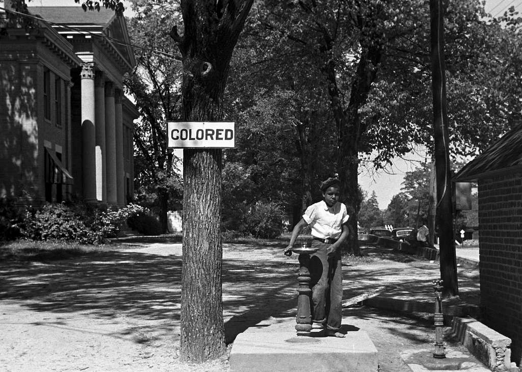 Drinking fountain on the Halifax County Courthouse, North Carolina, April 1938.